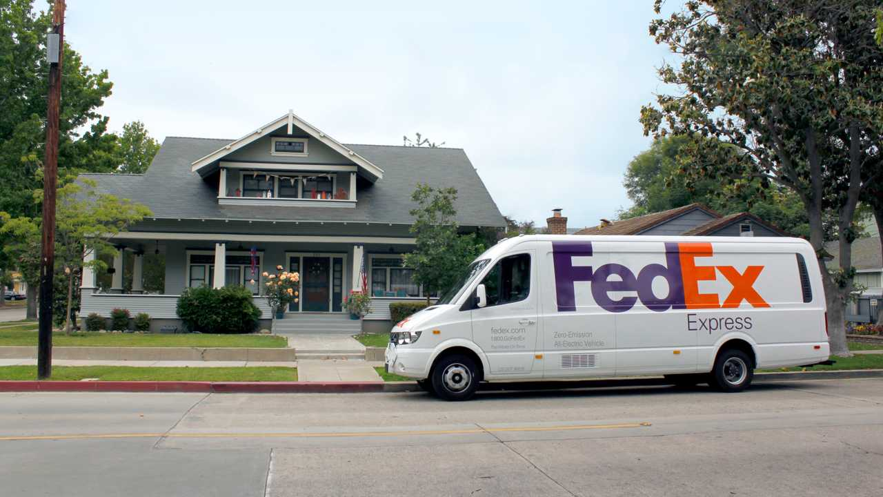 Chanje V8100 electric delivery vehicle in FedEx fleet
