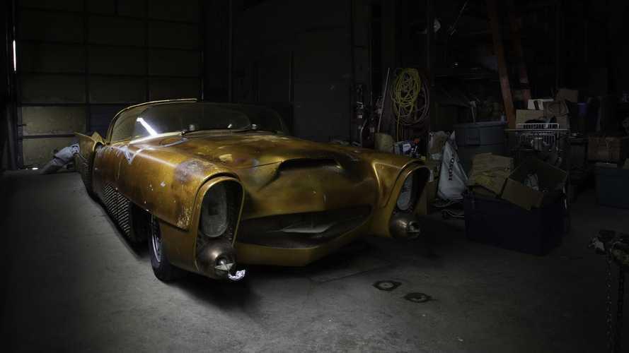 Jim Street's self-driving Golden Sahara II sells for $350,000!