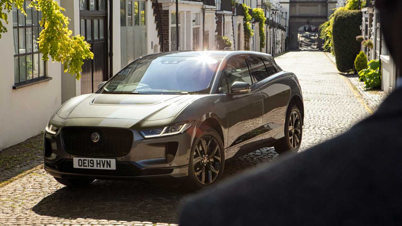 Jaguar I-PACE in Havn premium chauffeur service across London