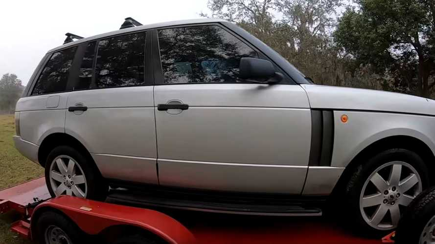 Guy Buys A Range Rover At Auction For $1,400