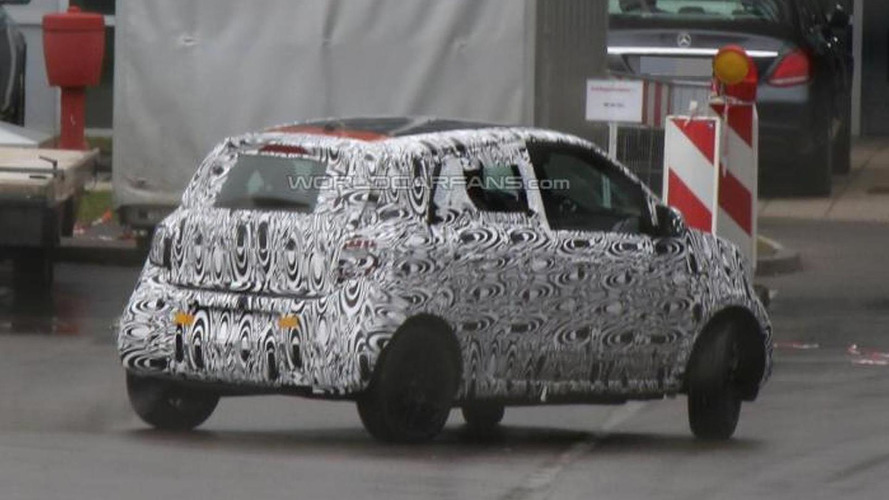 Smart ForFour spied first time with production body