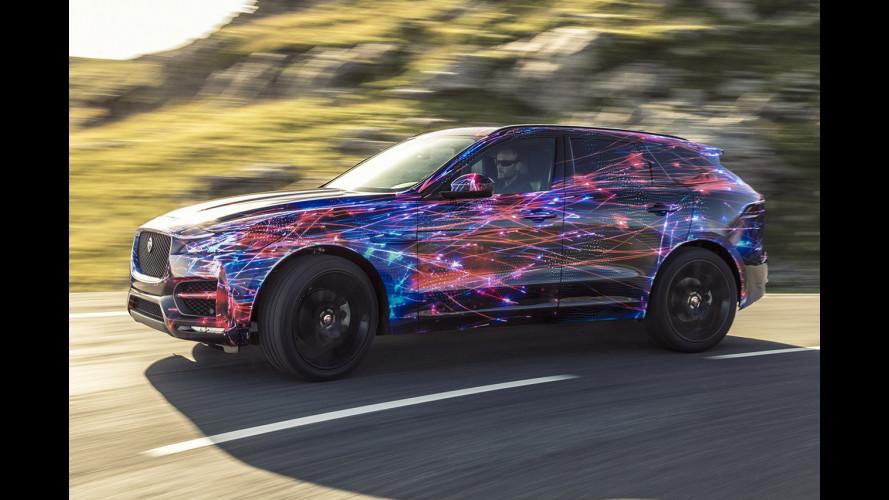 Jaguar F-Pace, assetto da F-Type