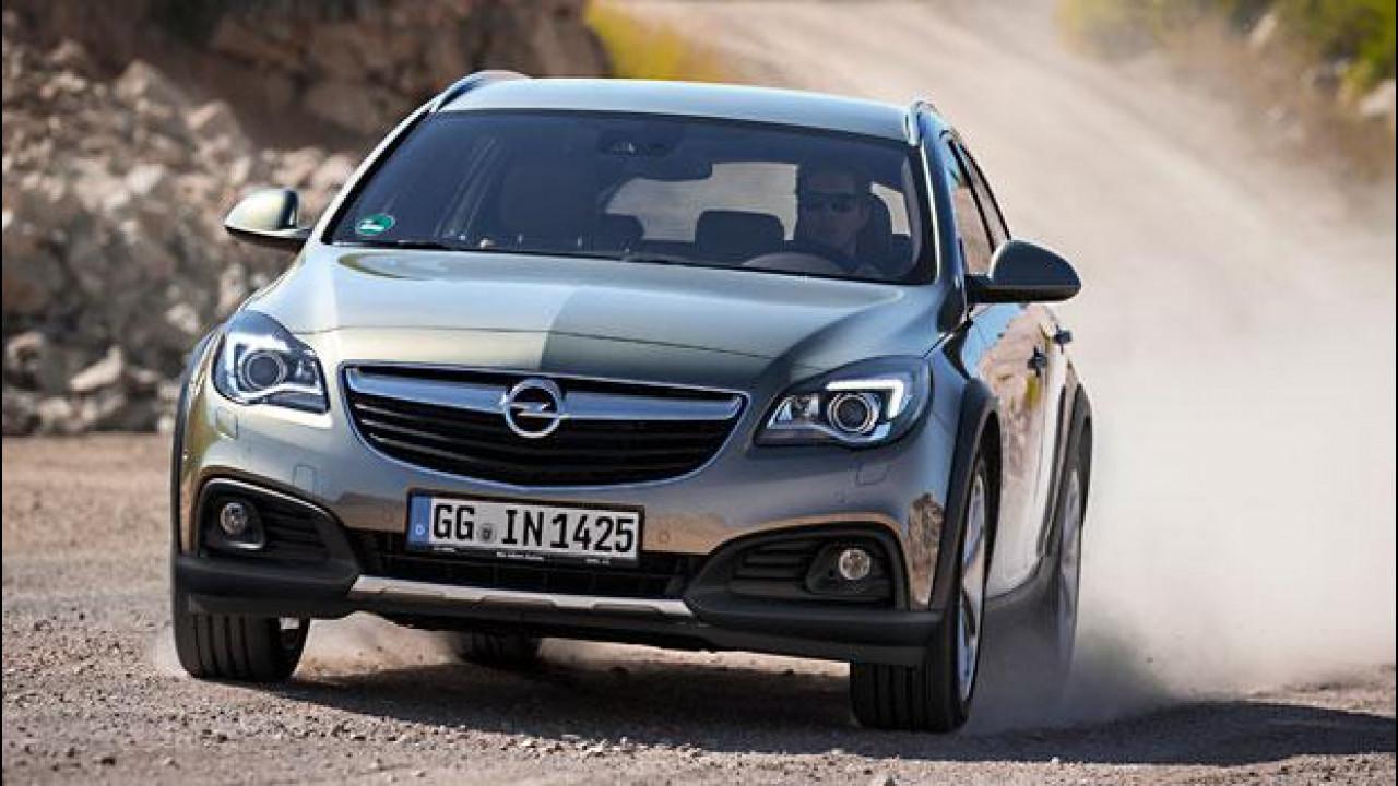 """[Copertina] - Opel Insignia, """"piccolo"""" è meglio"""