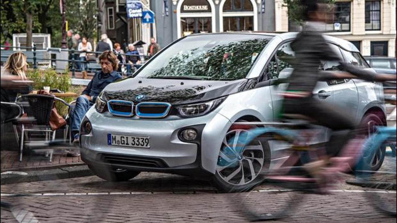 [Copertina] - Car sharing, quello firmato BMW DriveNow è elettrico