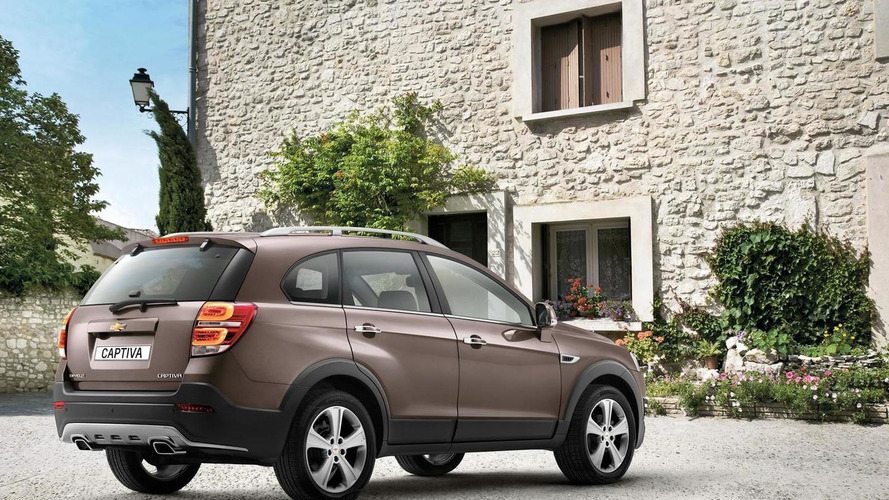 2013 Chevrolet Captiva facelift en route to Geneva Motor Show