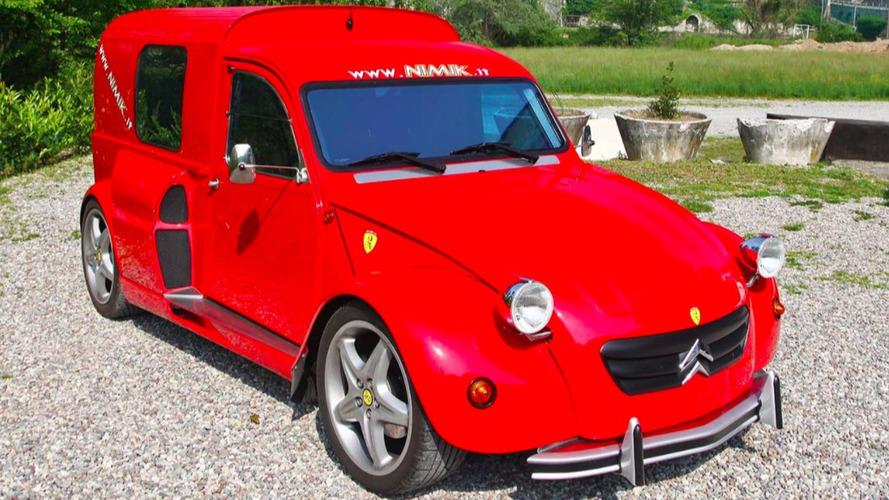 Avez-vous déjà vu une Citroën 2CV avec un moteur Ferrari ?