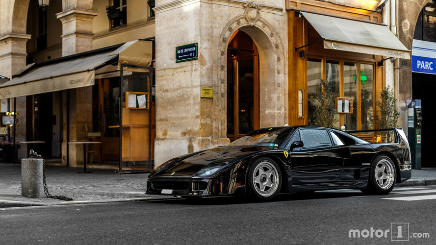 PHOTOS - Les plus belles supercars de mars à Paris