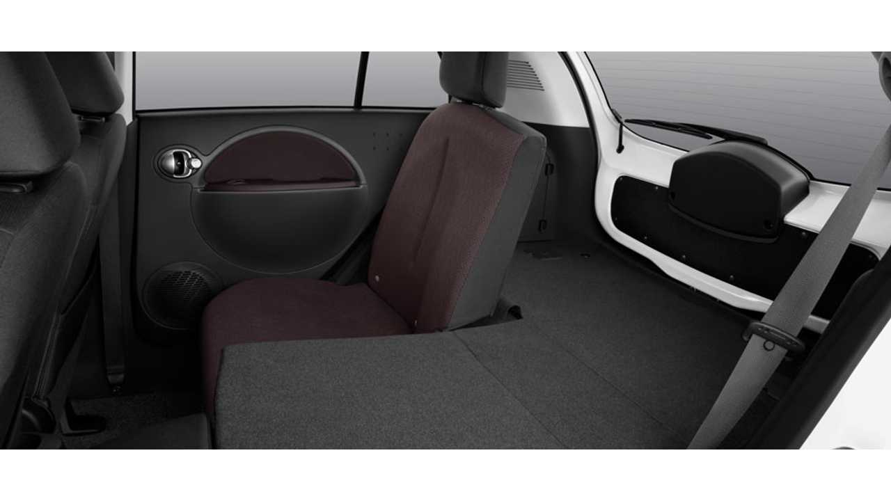 2013 Mitsubishi i-MiEV Rear Seating Area
