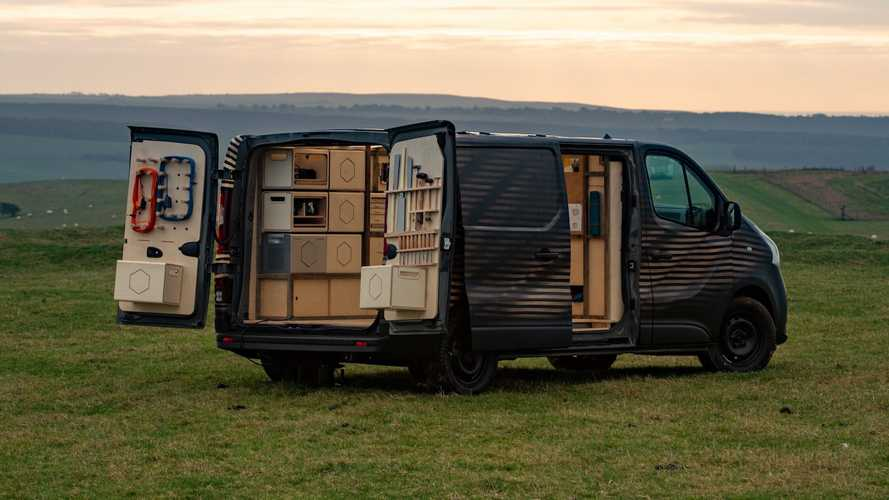 Nissan NV300 Concept lets you bring your workshop everywhere