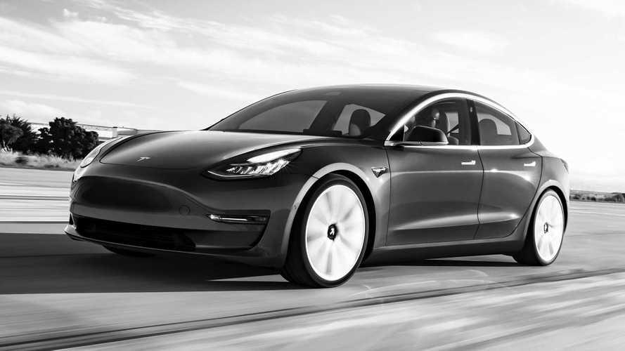 Tesla Model 3, la prima elettrica esclusa dall'Ecobonus (per ora)