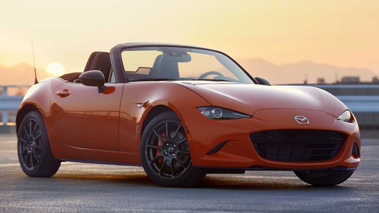 [Image: 2019-mazda-mx-5-miata-30th-anniversary-soft-top-01.jpg]