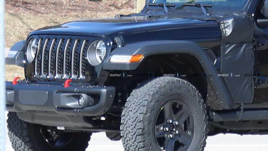 Flagra: Jeep Wrangler PHEV (híbrido)