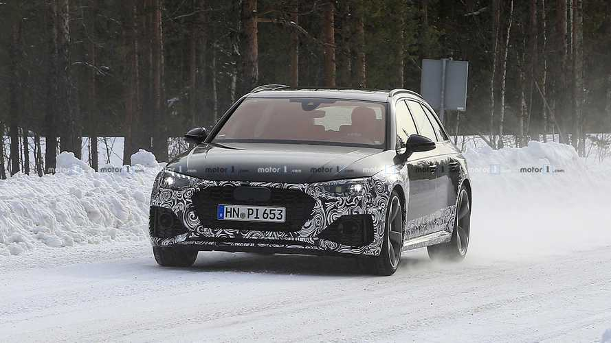 2020 Audi RS4 Avant facelift spy photos