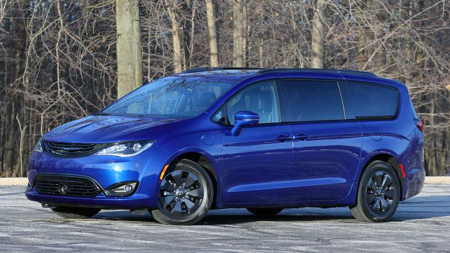 2019 Chrysler Pacifica Hybrid Limited Review: Near Perfect