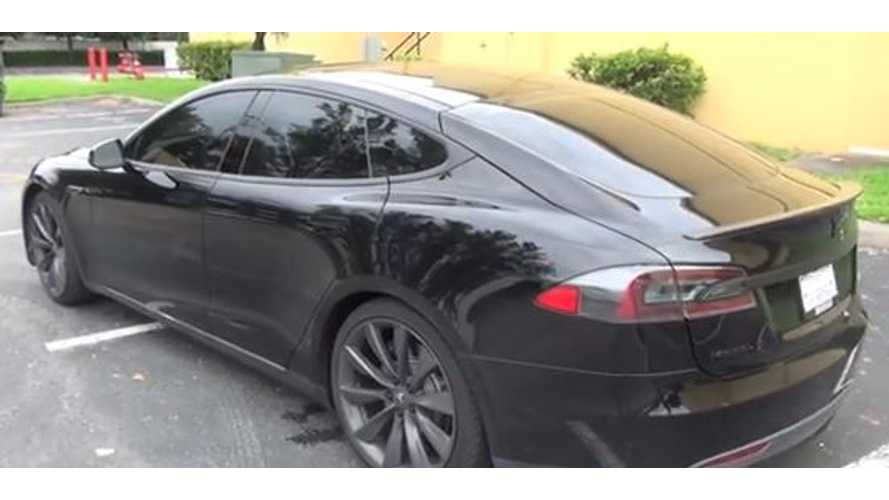 Video: Tesla Model S Gets Blacked Out