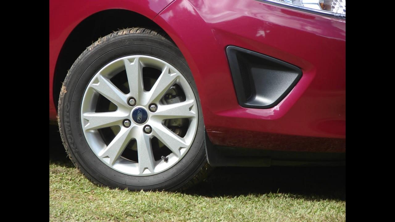 Avaliação - Ford New Fiesta Sedan SE 1.6 16V 2011