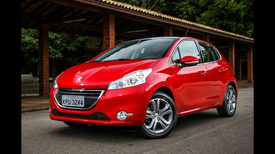 """Peugeot 208 ganha """"promoção relâmpago"""" com taxa zero nesta semana"""