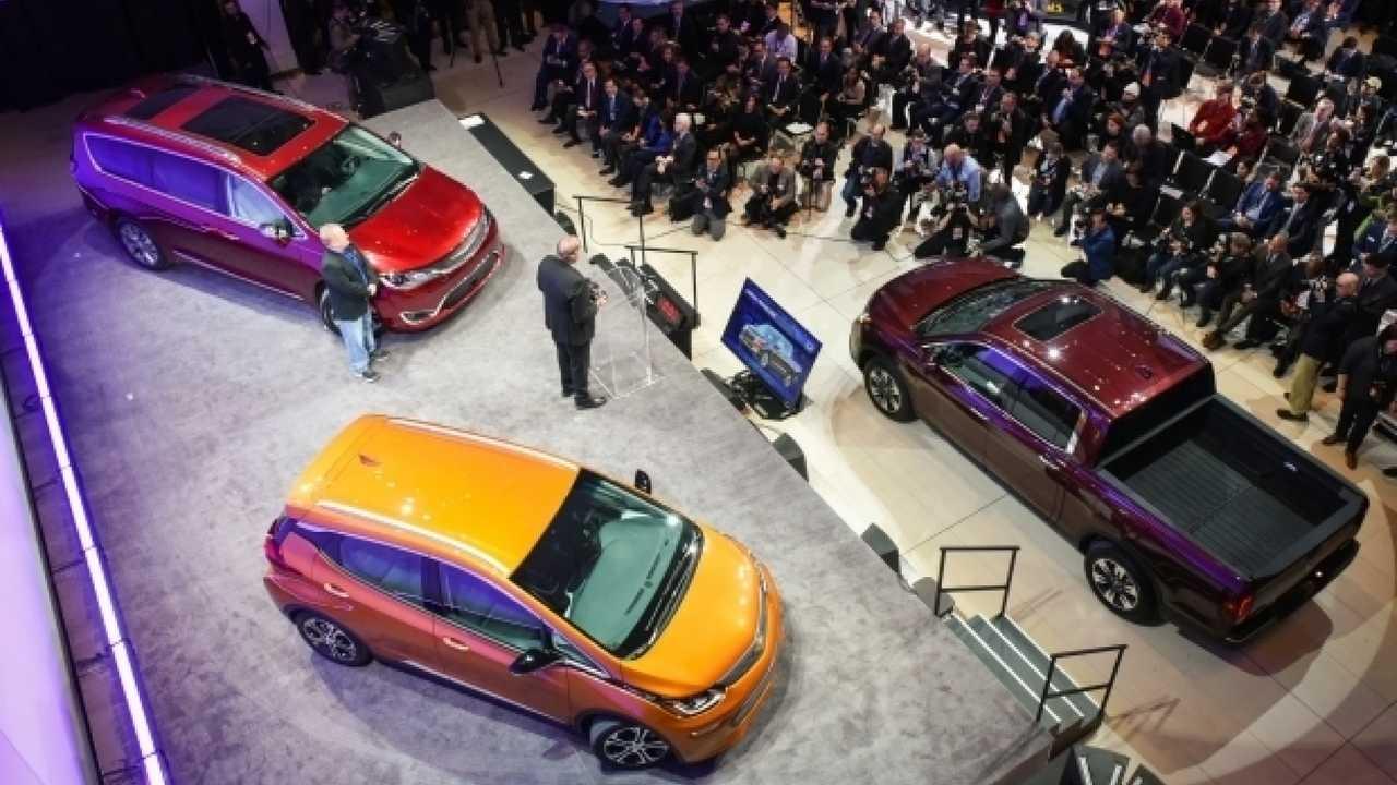 Salone di Detroit 2017, l'auto del futuro è elettrica e autonoma