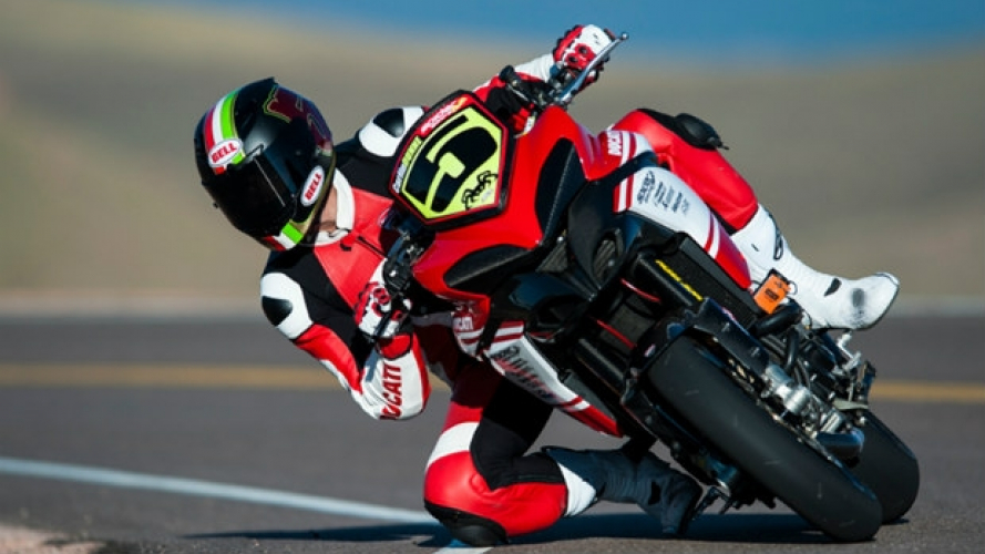 Pikes Peak: il giro vincente di Ducati [VIDEO]