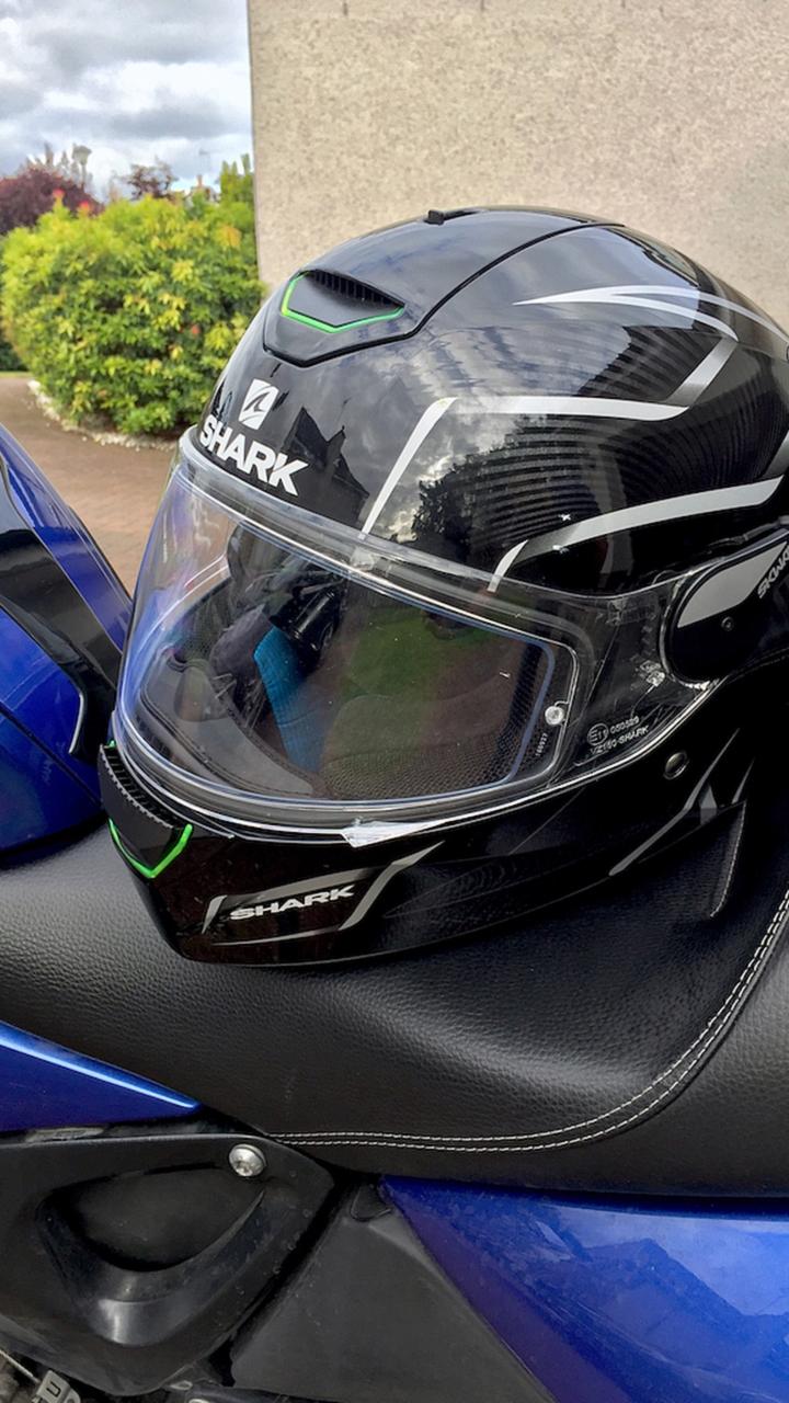 shark skwal led helmet gear review. Black Bedroom Furniture Sets. Home Design Ideas
