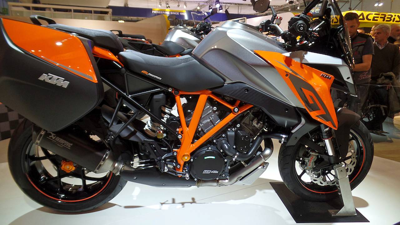 KTM Lifts Lid On 1290 Super Duke GT: For Touring SUPER Fast – EICMA 2015