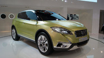 Suzuki S-Cross Concept live in Paris 27.09.2012