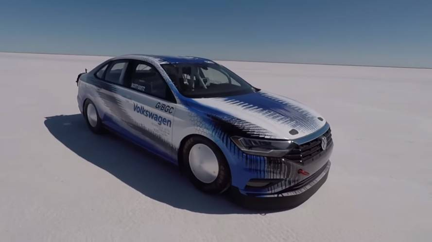 See VW's race-prepped Jetta go 211 mph at Bonneville Salt Flats