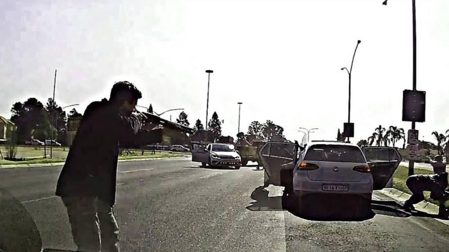 Güney Afrika'da yaşanan kovalamaca filmleri aratmıyor