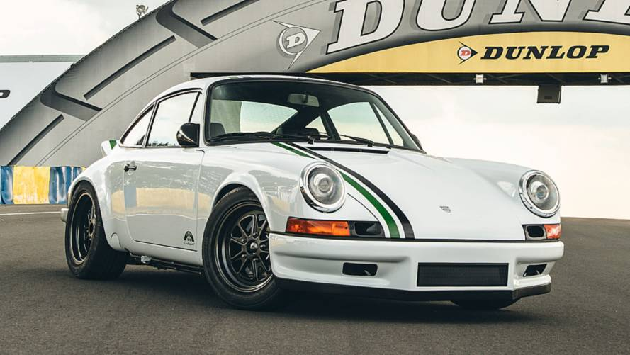Le Mans-Inspired 911 Clubsport Gets Special Delivery
