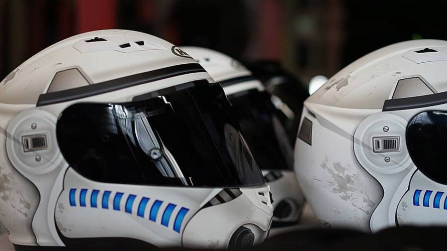 Our 5 Favorite Super-Geek Motorcycle Helmets