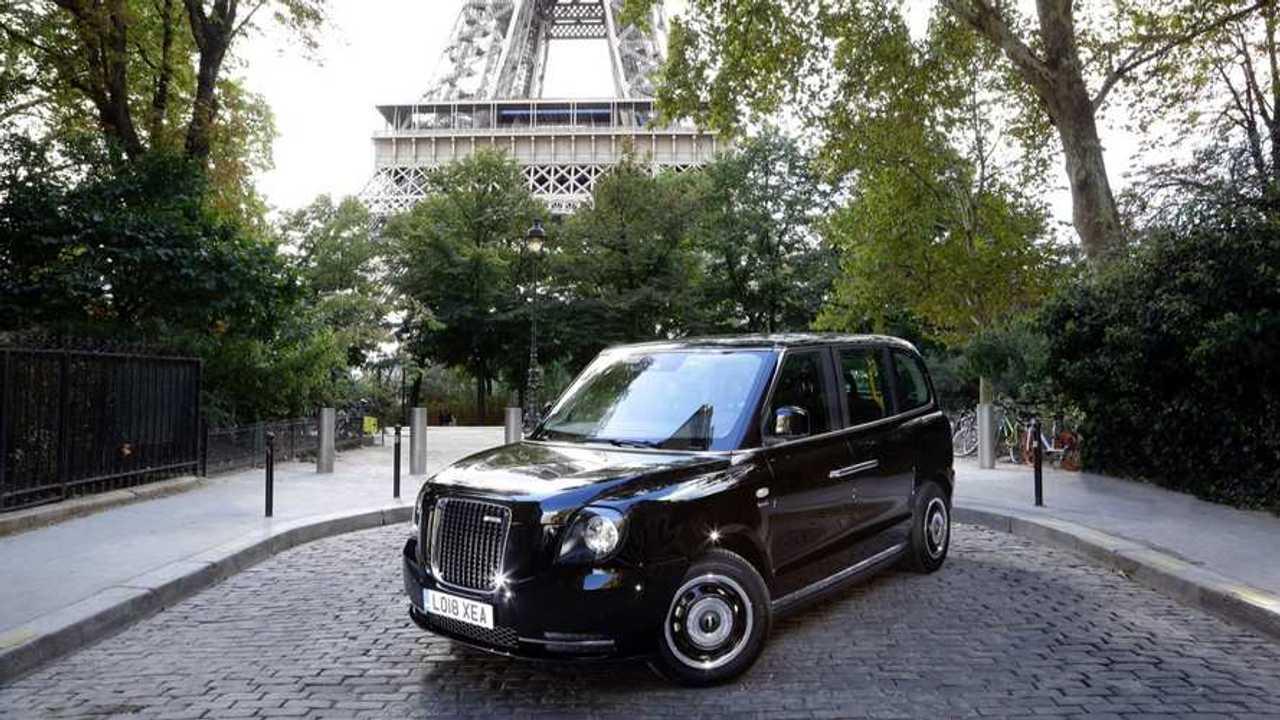 Taxi londonien Paris