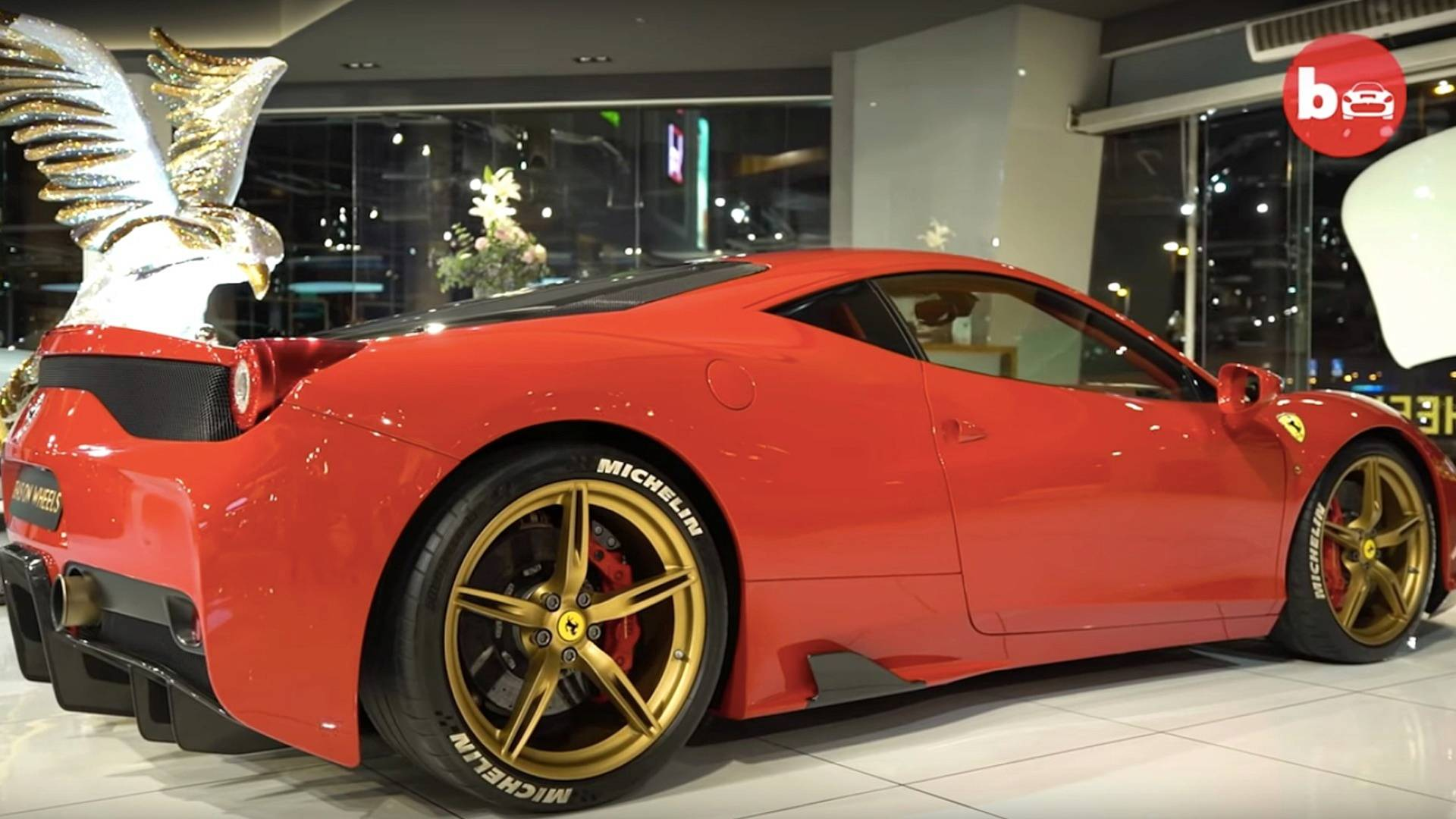 High End Cars >> 45 Million Worth Of High End Cars In Dubai Motor1 Com Photos