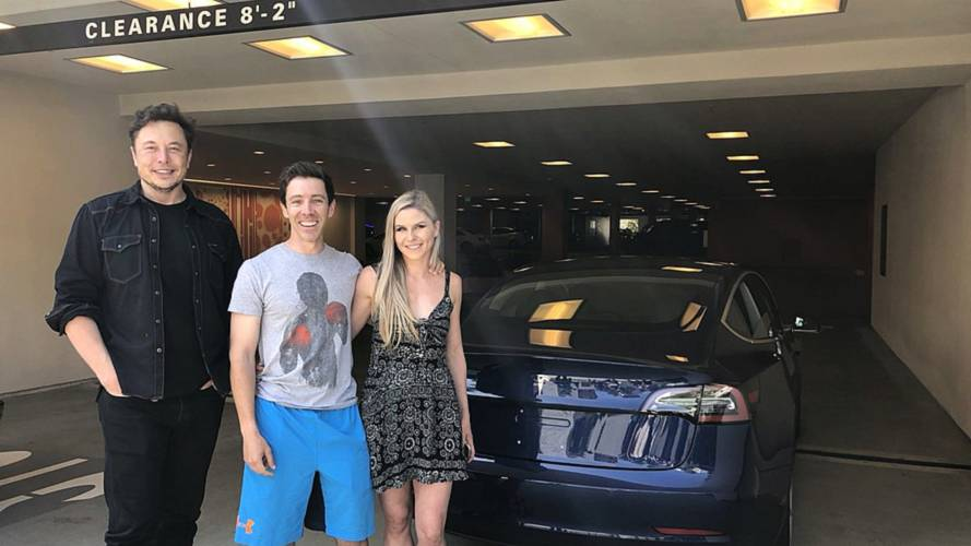 Musk Hand Delivers Tesla Model 3 In New Factory-Direct Trial