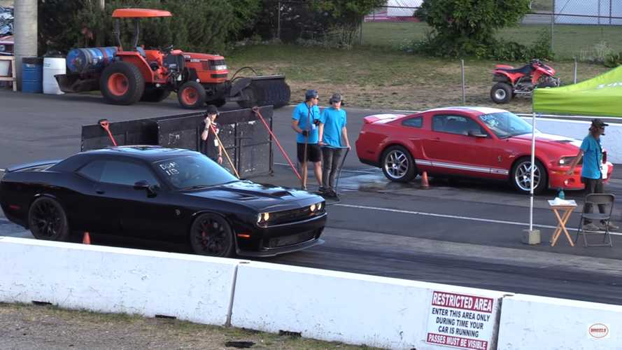 Shelby GT500 Drag Races Dodge Challenger Hellcat; America Wins