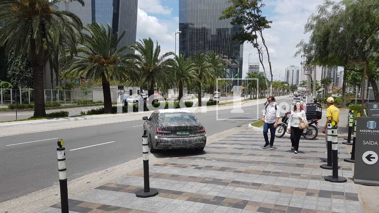 Flagra Novo BMW Série 3 BR