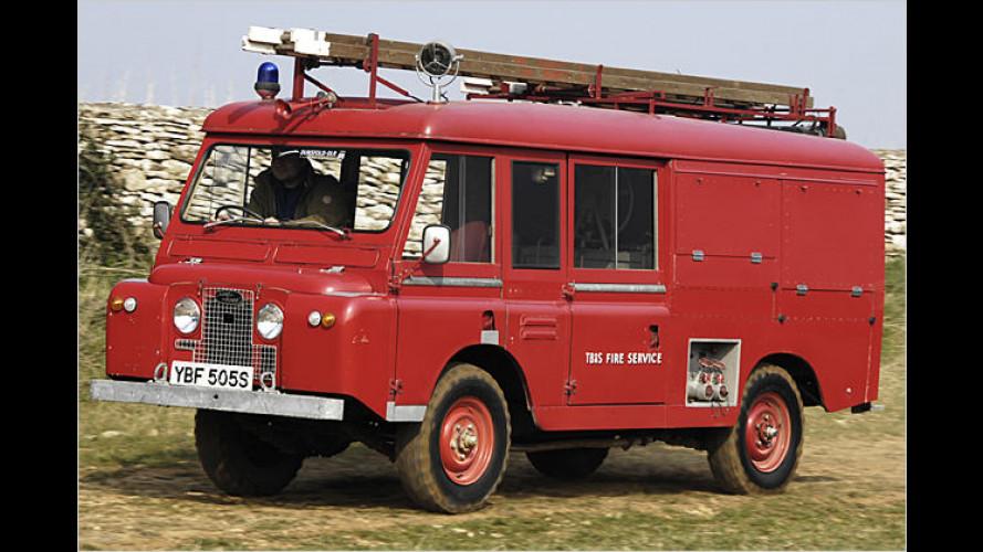 Land Rover extrem: Von Raupen bis zum Papst