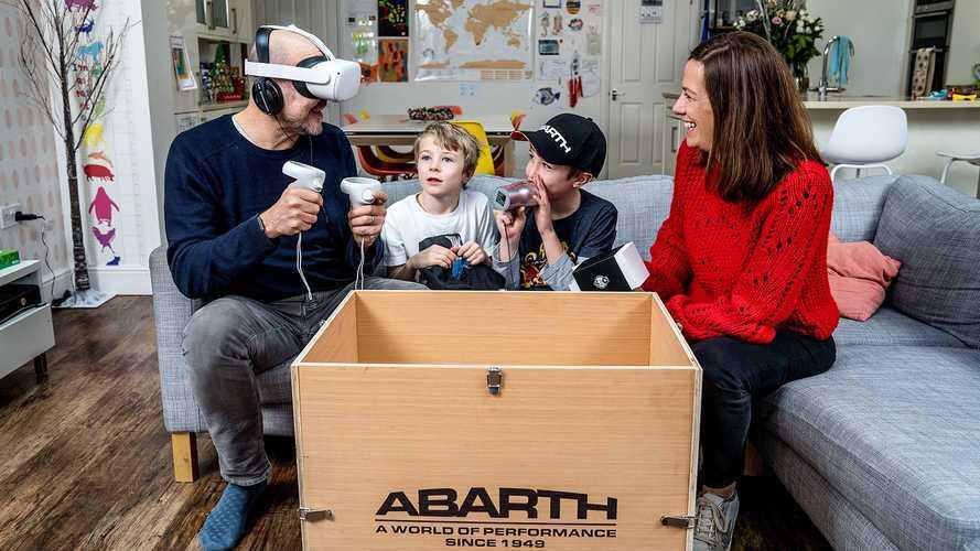 Abarth, prima al mondo, fa provare l'auto a casa in realtà virtuale