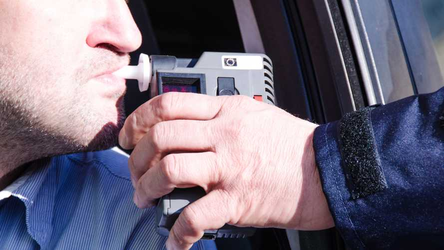 Drivers three times as likely to be breathalysed in December