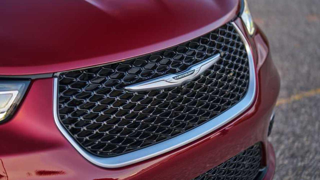 2021 Chrysler Pacifica AWD Exterior