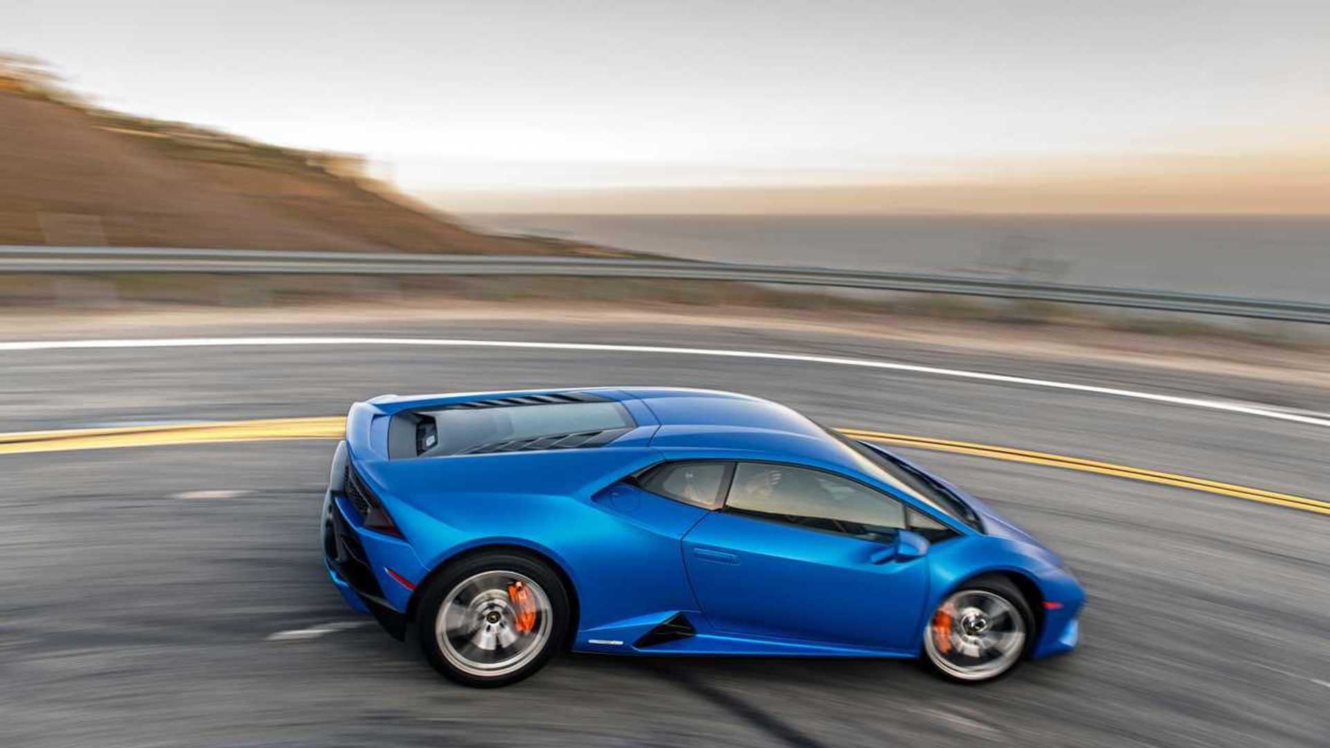 2020 Lamborghini Huracan Evo RWD profile action
