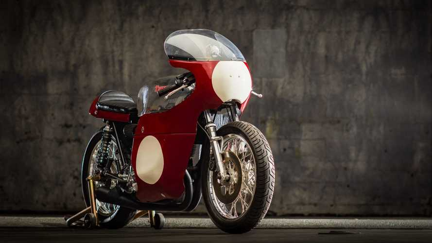 This 1972 Triumph Trackmaster Race Replica Is A Stunner