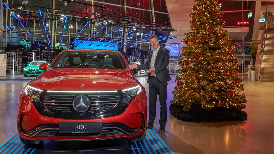 BMW, Mercedes display each other's electric SUVs to promote solidarity