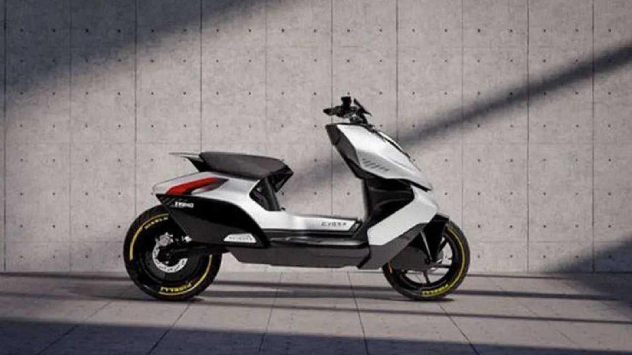 CF Moto ZEEHO Cyber scooter