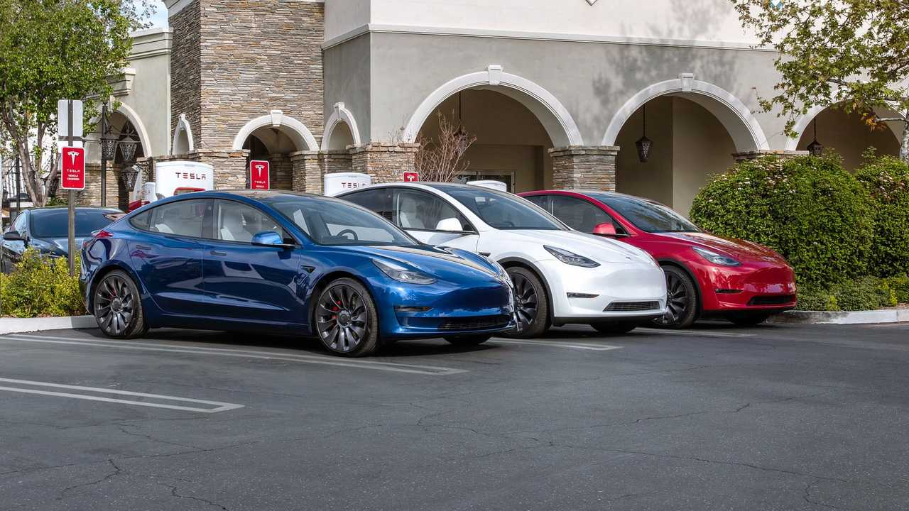 Tesla Model 3 and Model Y Using Superchargers