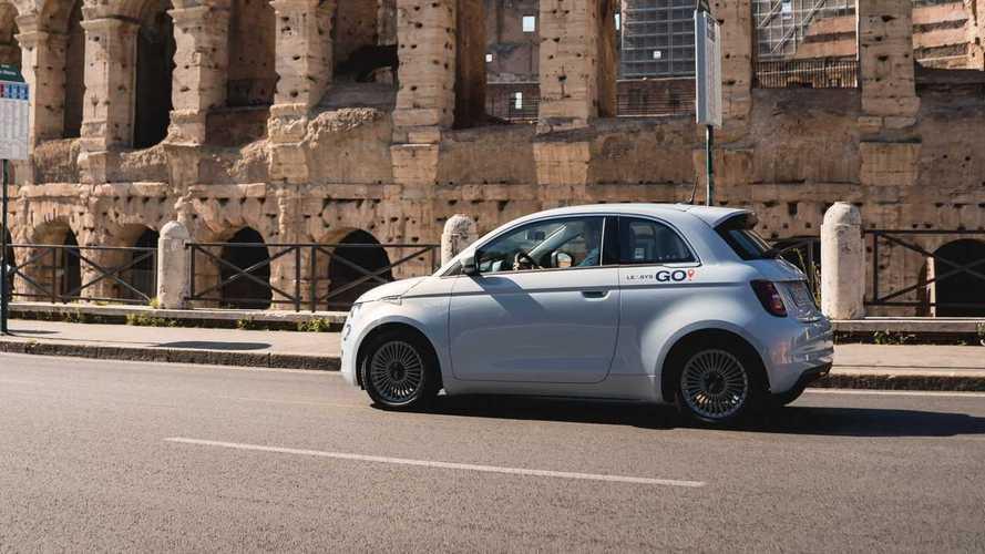 La Fiat 500 elettrica si noleggia anche all'aeroporto di Ciampino