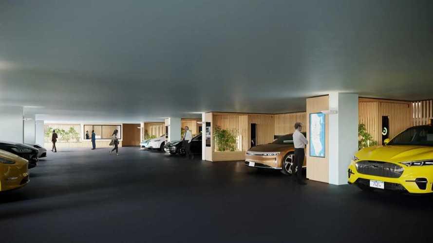 Questo garage in pieno centro è un paradiso per le auto elettriche