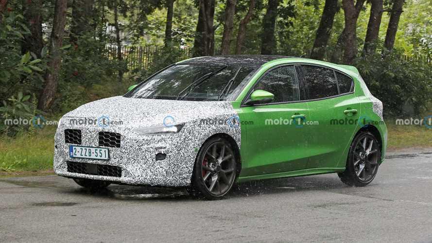 Обновленный Ford Focus ST замечен на тестах (20+ фото)