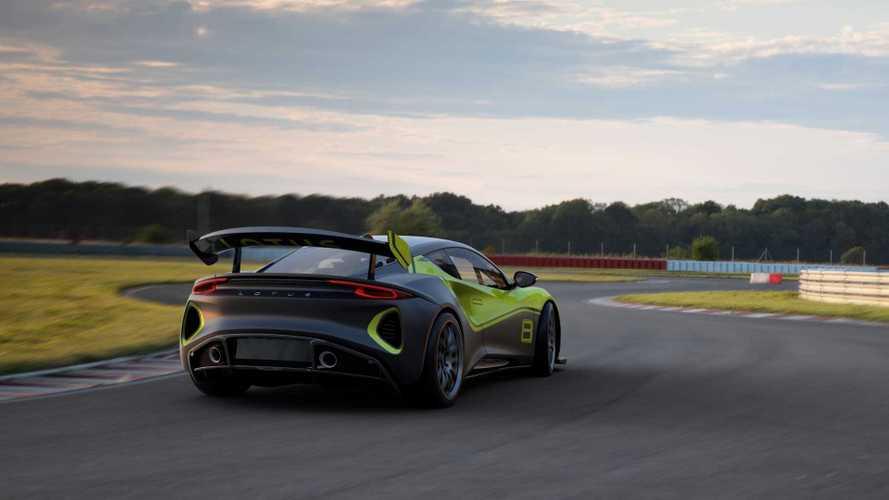 Lotus Emira GT4 de competición