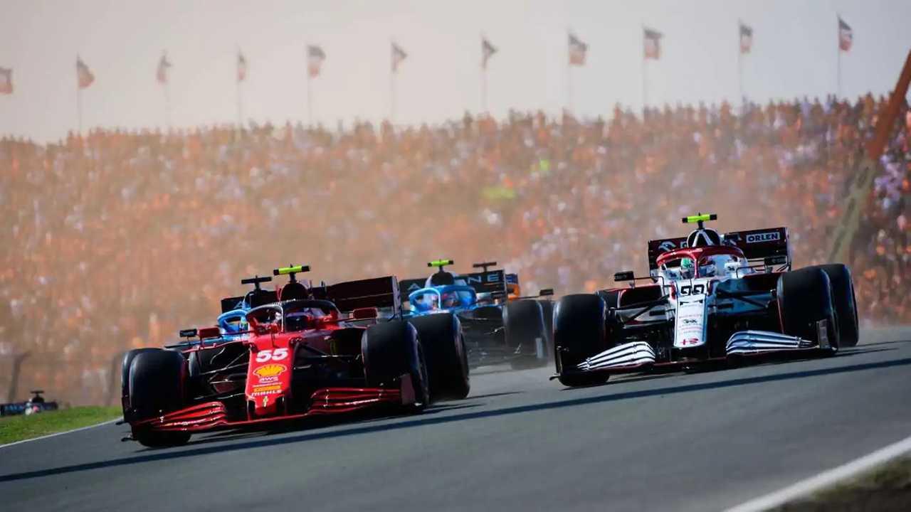 """Bos Ferrari Binotto mengatakan beralih ke bahan bakar berkelanjutan """"adalah masalah besar"""""""