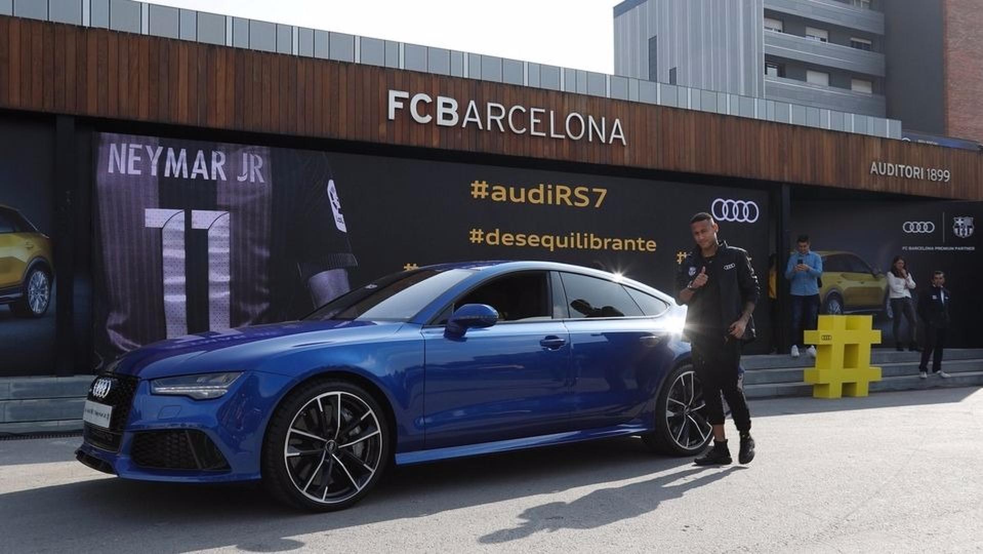 Neymar en quoi roule le nouveau roi du psg